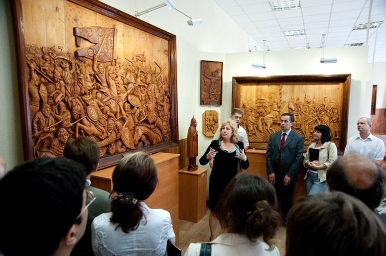 Ушла из жизни директор галереи деревянной скульптуры Георгия Короткова  — Ирина Георгиевна  Бабурина-Короткова - 13943