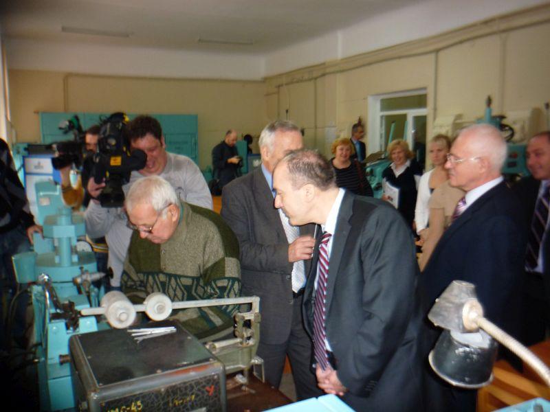 13.12.2011 кафедру посетил консул Греции